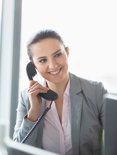 woman on office phone