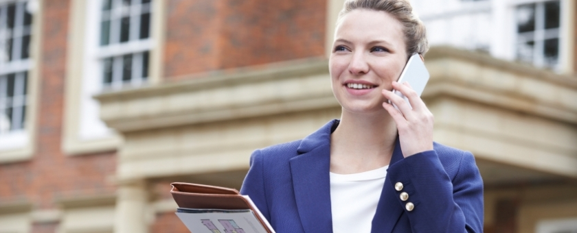Why estate agents benefit from a hosted phone system image